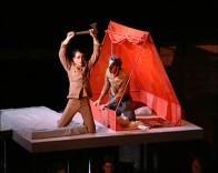 Rossini: L'inganno felice / Batone